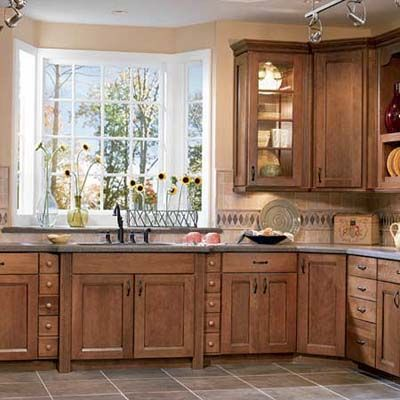 Kitchen cabinets and the stain color: Kitchens Window, Cabinets Colors, Kitchens Design, Kitchens Ideas, Kitchens Cabinets Design, Cabinets Ideas, Bays Window, Kitchen Cabinets, Mission Style Kitchens
