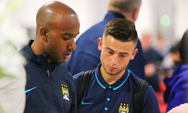 Manchester City sign Patrick Roberts from Fulham in £8m deal