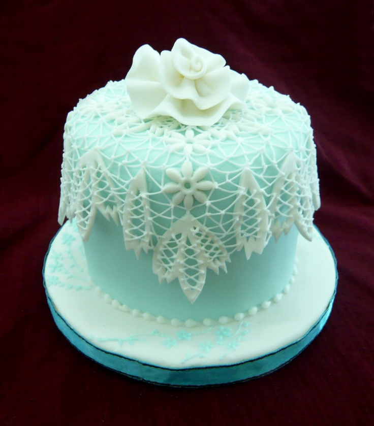 wedding cake lace frosting the blue with white lace icing wedding ideas 23051