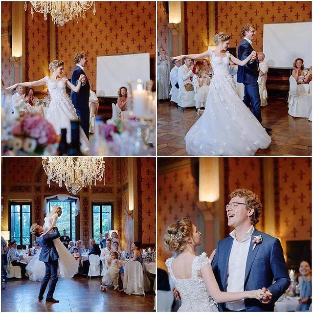 First dance on the #wedding  in #Toscana!:) Первый танец:) Наши прекрасные Алексей и Яночка на #свадьбе в #Тоскане:) Wedding planner: @yourdreamweddingitaly  Photo: Hanna Baranava http://www.dream-wedding-italy.ru  Active link is in a profile.  #свадебныйорганизатор #свадьбавиталии #свадьбавтоскане #организаторвиталии #стильнаясвадьба