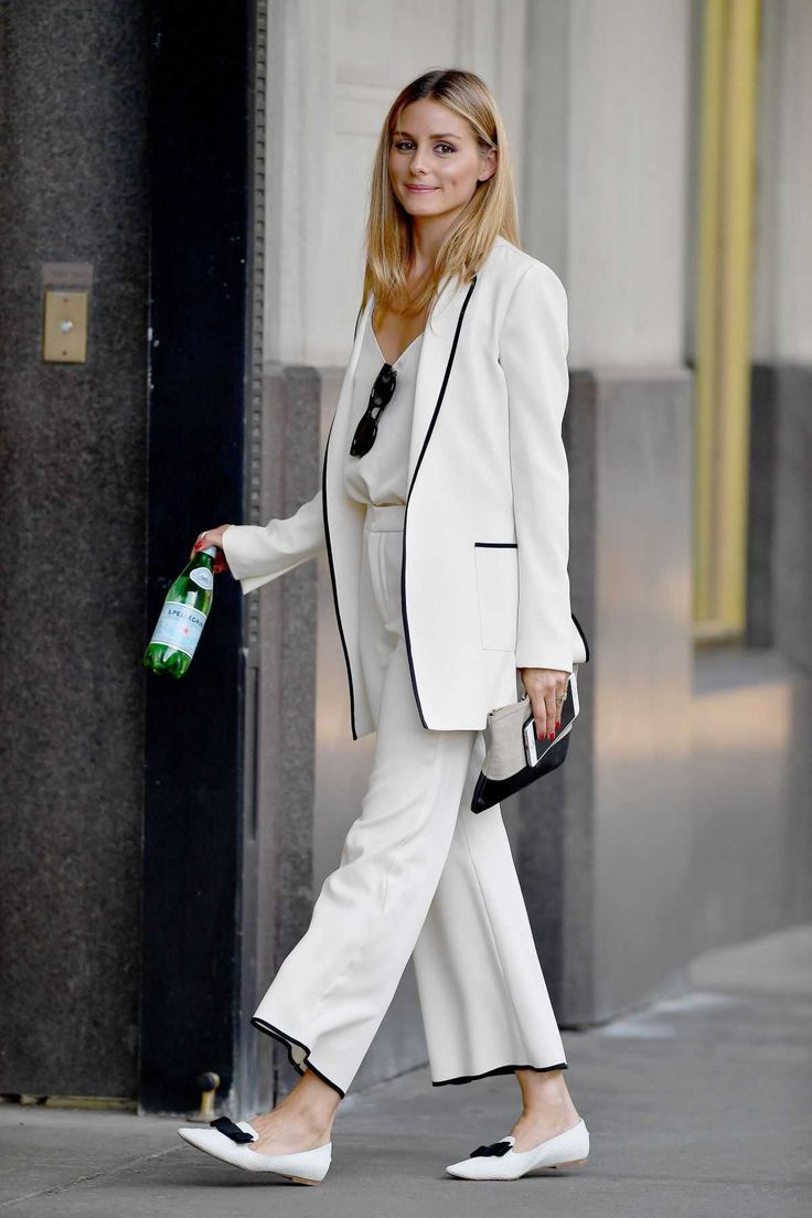 17 best images about work style minimal chic olivia palermo arriving at a office in new york 15 2016