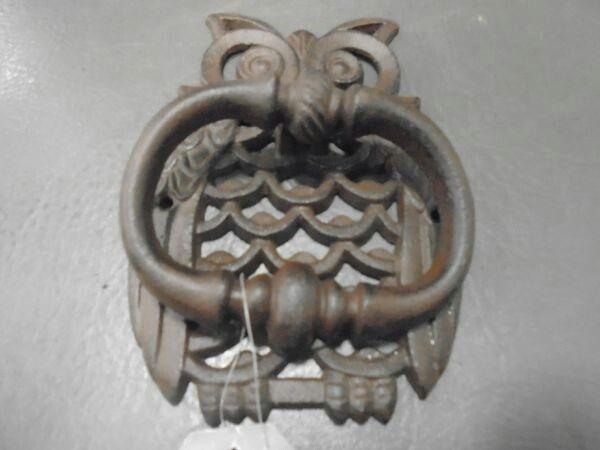 Pin On Door Knockers And Dinner Bells