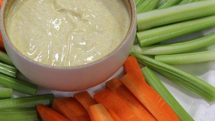 Dipsaus met curry en yoghurt | VTM Koken