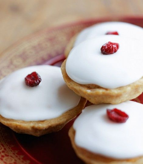 These are a real twist on the traditional with frangipane and icing...go on its Christmas!