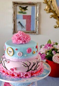 A Petit Gateau cake inspired by Pip Studio. Photo by Ilan Nachum