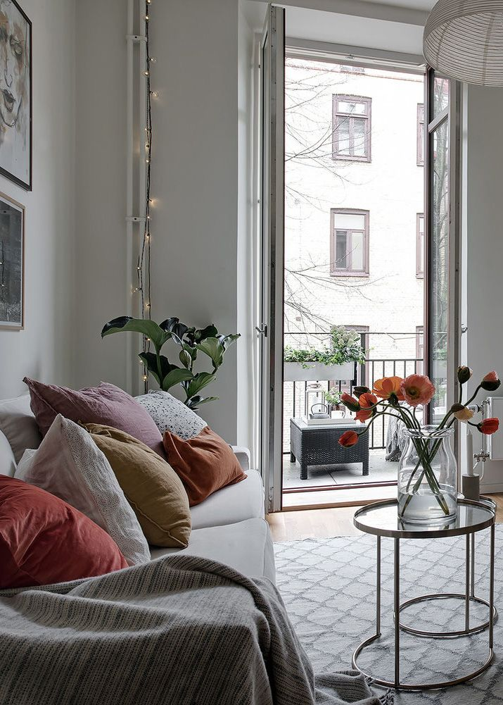 Small apartment with Spring inspiration in 2018 Details - Living Room Ideas For Apartments