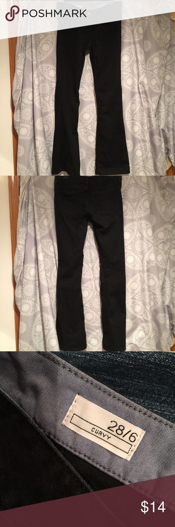 barely worn black gap curvy jeans from gaps vintage collection, these jeans are super cute and fit really well accentuating curves, and they're barely worn! GAP Jeans Flare & Wide Leg
