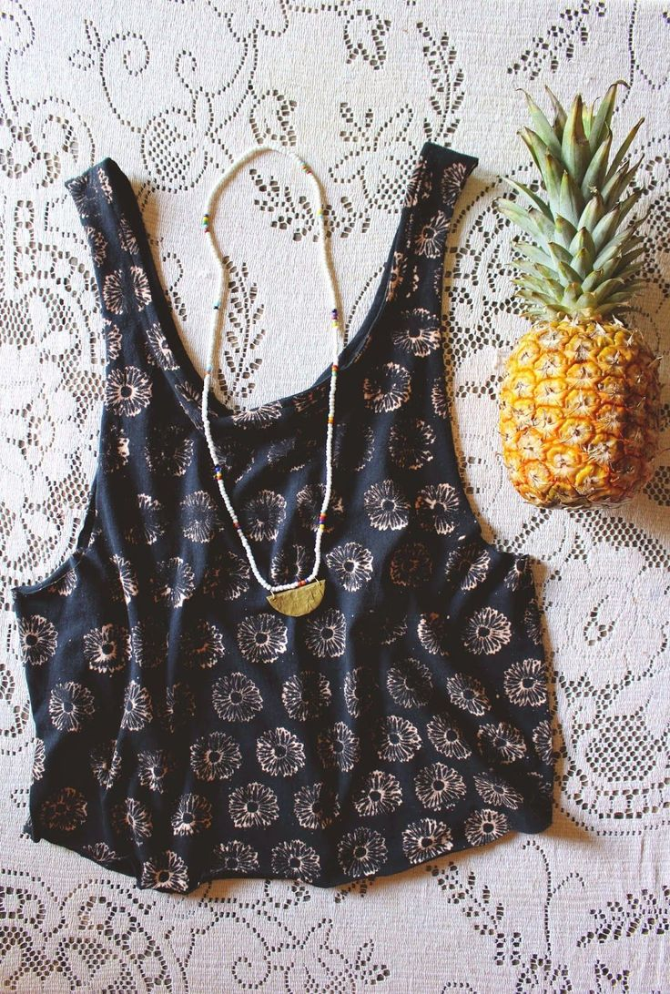 DIY top with Bleached flowers