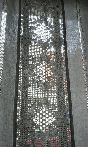 Puntilla en cortina