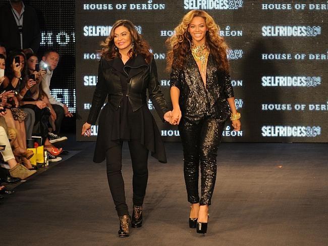 Beyonce... CelebCon - Stars with their mums | News.com.au
