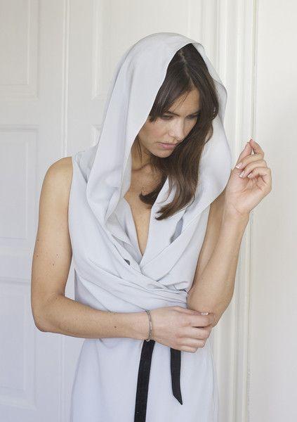 Pilou Silk Long - Rental   The Pilou