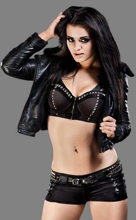 Paige (Britani Knight/Saraya-Jade Bevis)