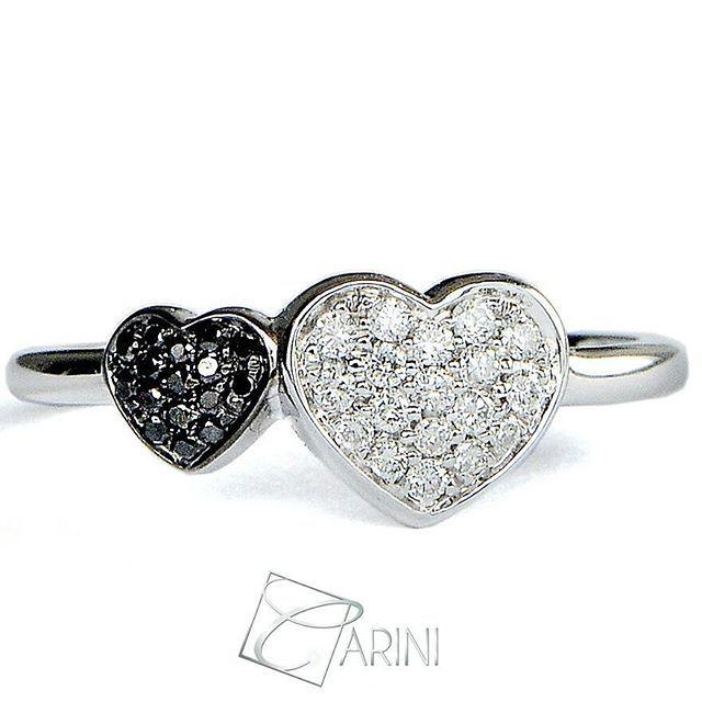 """"""" L'amore è composto da un'unica anima abitata da due corpi"""" (Aristotele) Due cuori che si uniscono, due essenze bianca e nera che si fondono in un'unica creazione. Diamanti Neri ct 0.05 Diamanti Bianchi ct 0.13  #carinigioielli #springsummer2017 #italianjewelry #etsylent #handmade #rings #gemstone #sparkle #jewelrydesign #inlove #wedding #luxury #fashion #quotesoftheday #style #cute #instagood #love #gettingmarried #isaidyes #accessories #jewellery #trendy #musthave #diamonds #proposal"""
