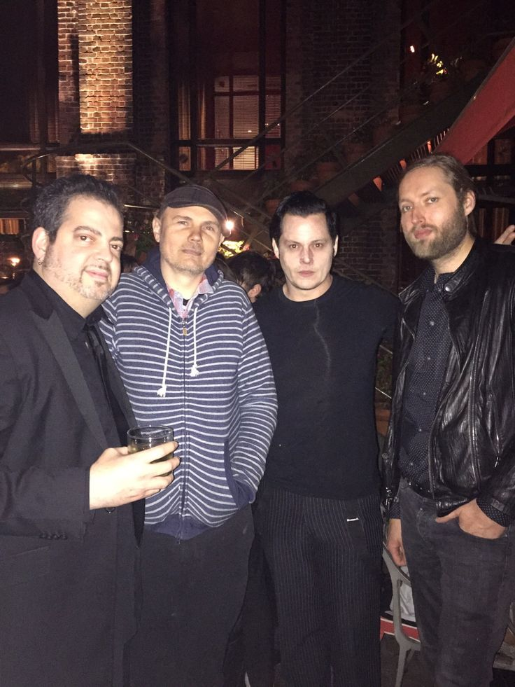 Mark Stoermer, Jack White & Billy in Buenos Aires