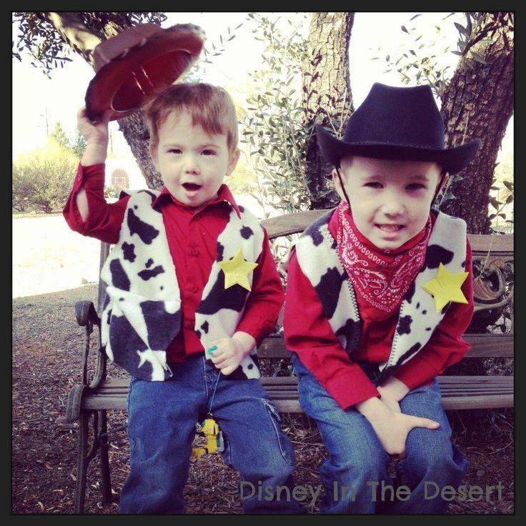 DIY Cowboy Woody Vest via @DesertChica