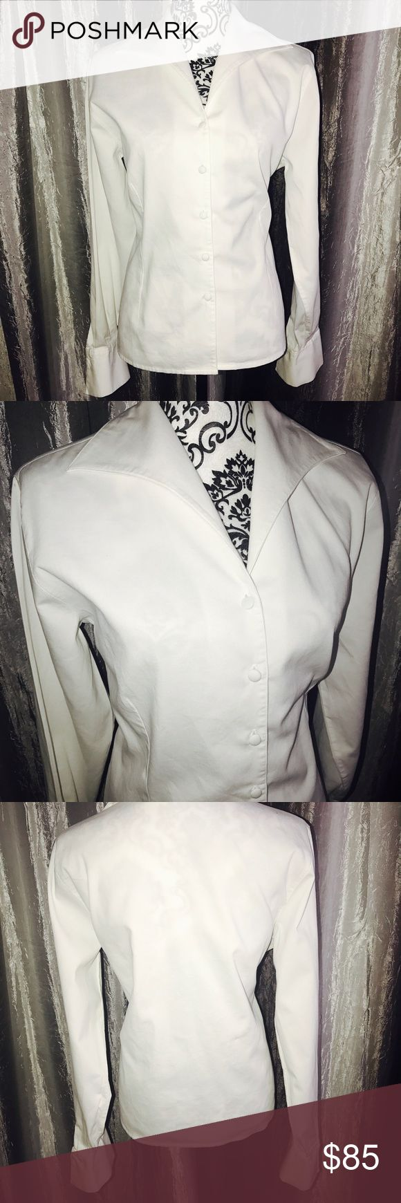 Anne Fontaine Shirt (2) 💯 % cotton Always in fashion, Anne Fontaine knows how to turn a boring white shirt into a statement of fashion. This is a gorgeous shirt with unusual collar, super wide cuffs and a fabric that just feels great to touch. Anne Fontaine Tops Button Down Shirts