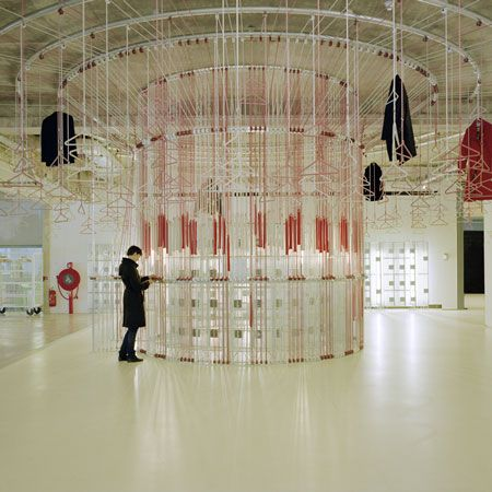 fantastische kaptstok en lockers in Amsterdams museum