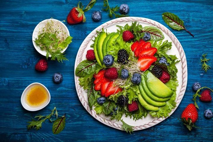 Salad and fruit: Yes or no?  Try this if you're not convinced   http://ift.tt/2qRRYz1