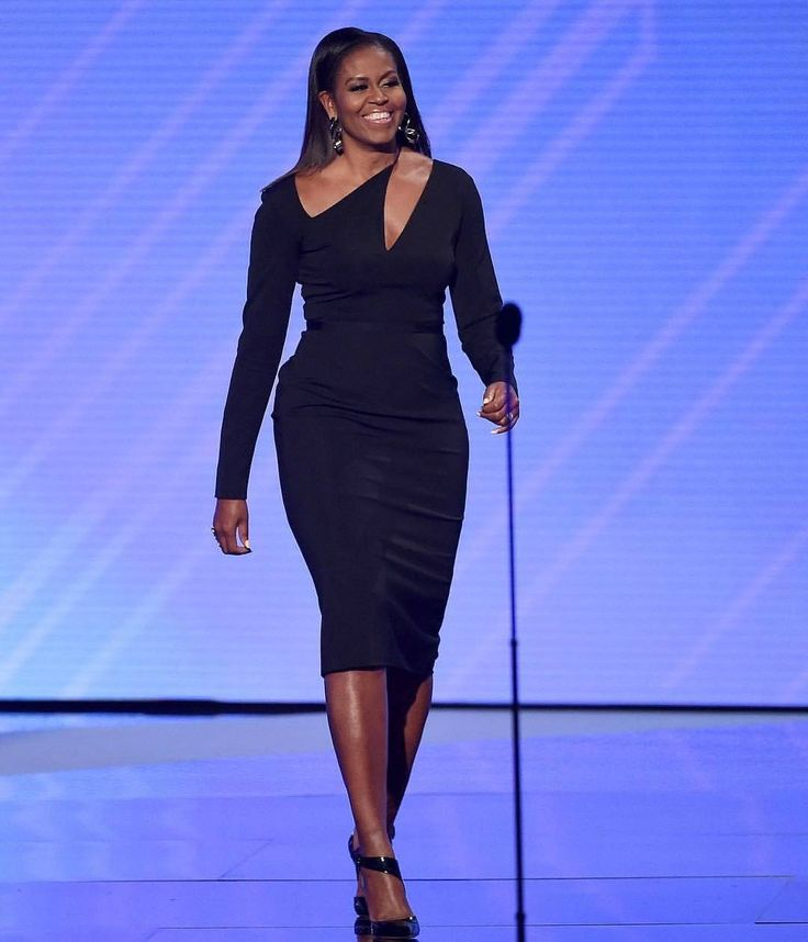 #BrainGoals #ConfidenceGoals #MomGoals #BodyGoals Everything Goals 😍 @Regrann from @becauseofthem - #TBT to last night when Michelle Obama graced the ESPYs stage looking absolutely stunning. #blackgirlmagic #becauseofthemwecan - #regrann...