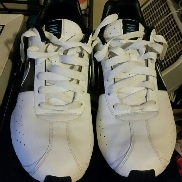 Nike Shox NZ men's size 12 used All leather pair of Nike Shox NZ size 12 men's. Sneakers are in very good condition. No box. Nike Shoes Sneakers