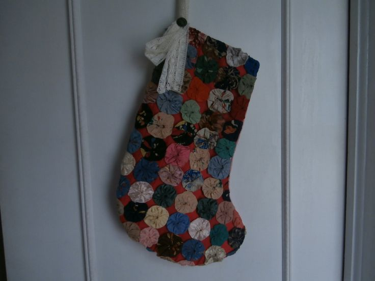 VINTAGE YOYO QUILT Christmas Stocking Sale Christmas by maire60