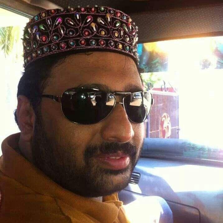 அன்பு நண்பர்களுக்கு ரமலான் தின வாழ்த்துக்கள்  Dear All Muslim Friends, Wish you a very happy Ramalan.