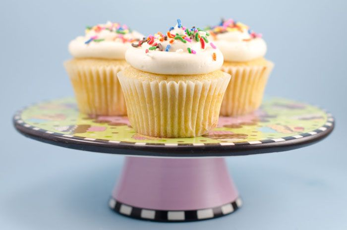 Vegan Vanilla Cupcakes with Vanilla Buttercream Frosting from the cookbook Vegan Cupcakes Take Over The World