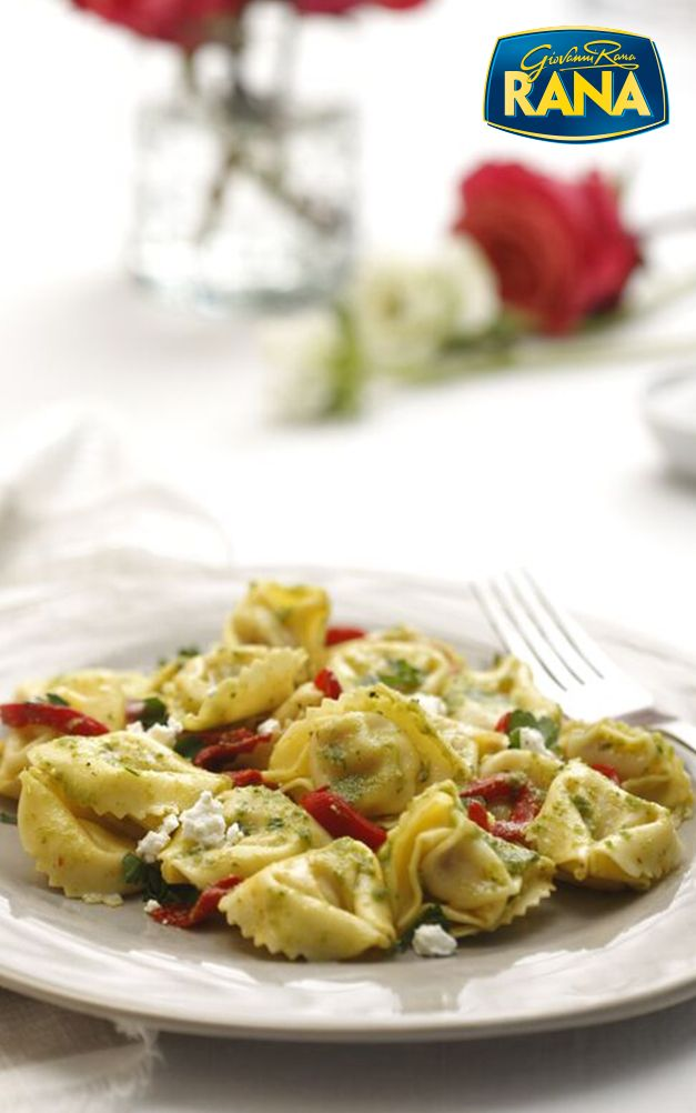 Take your table #toitalyin10 with Giovanni Rana's 10-minute Chicken Mozzarella Tortelloni recipe. It's a quick, delicious Italian dinner the whole family can enjoy.