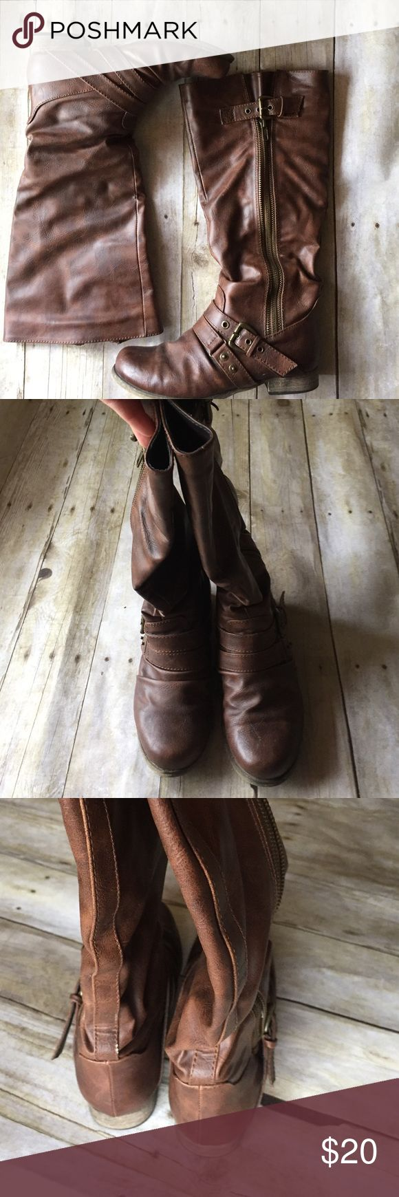 Carlos Santana Boots Brown Carlos Santana boots in great condition. Look great with jeans or skirts/dresses. Perfect for fall!! Carlos Santana Shoes