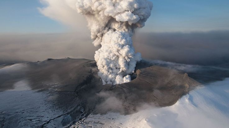 volcano HD — Yandex.Images – The Volcano That Stopped Britain - wallpaper.