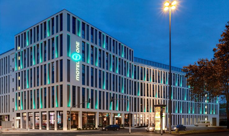 Fassade modern hotel  MOTEL ONE COLOGNE - Modern Design Hotel for little money ...