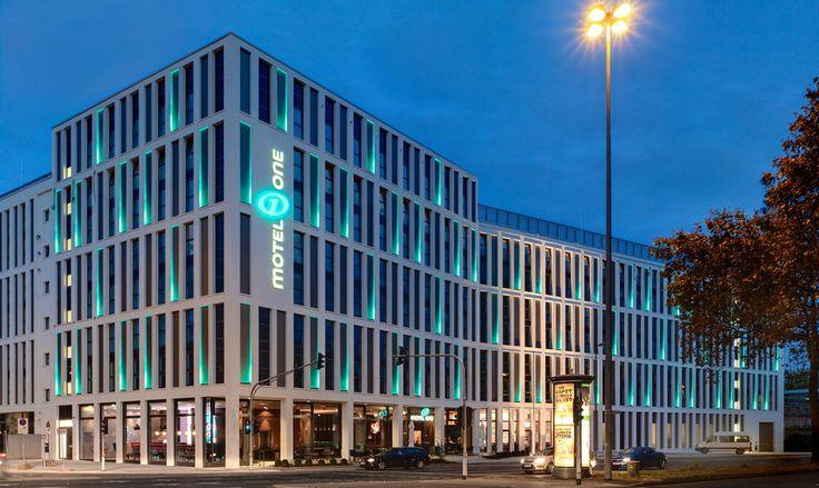 Motel one cologne modern design hotel for little money for Designer hotel koln