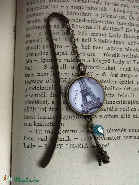 Könyvjelző Párizs Eiffel torony Könyves Könyvmoly Üveglencsés, Naptár, képeslap…