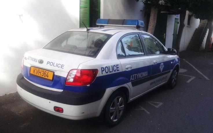 Τράβηξαν μαχαίρια και τραυμάτισαν αστυνομικούς στο ΤΑΕ Λευκωσίας- Εκπαιδευμένοι στις πολεμικές τέχνες οι δράστες