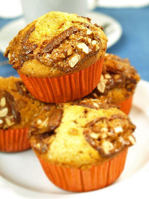 """Muffiny ze snickersami """"czekoladowe chwile zapomnienia"""" [film video]"""