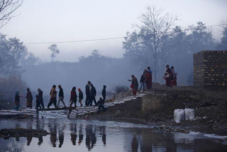 http://www.thetoc.gr/diethni/article/to-iero-loutro-twn-pistwn-sto-nepal
