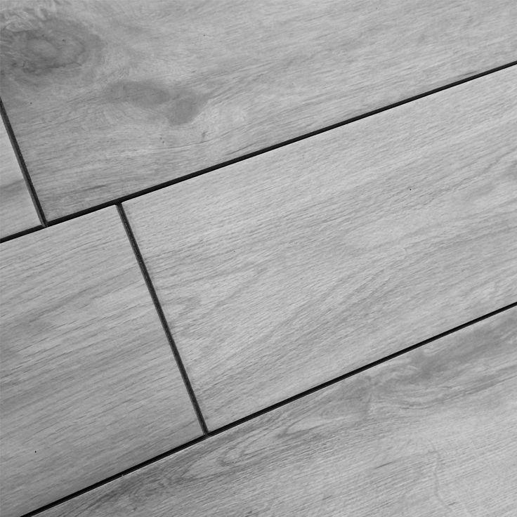 Keramisch hout grijs 15x90 - Op zoek naar een houten vloer voor uw ruimte, bekijk dan ons unieke assortiment met keramisch hout in de afmeting 15x90. Deze unieke keramische vloertegels met houtlook zijn geschikt voor vloerverwarming, hebben nagenoeg geen onderhoud nodig en hebben een niet van echt te onderscheiden design. Leverbaar in maar liefst 5 verschillende kleuren.