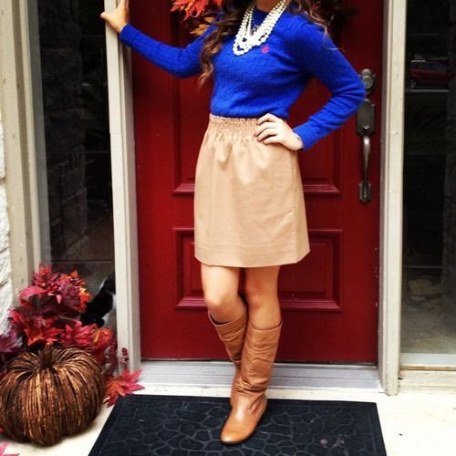 Cute thanksgiving outfit.