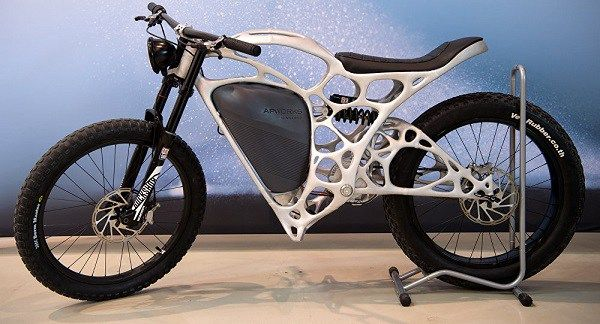 Light Rider, la primera moto eléctrica creada con una impresora 3D - https://webadictos.com/2016/05/22/light-rider/?utm_source=PN&utm_medium=Pinterest&utm_campaign=PN%2Bposts