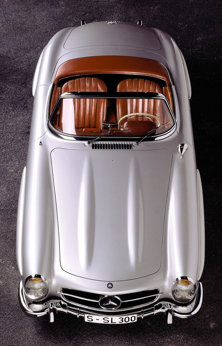 Mercedes-Benz Type 300 SL Roadster (W 198 II, 1957 to 1963), 1958. # mbhess #Boldtimer #mbyoung