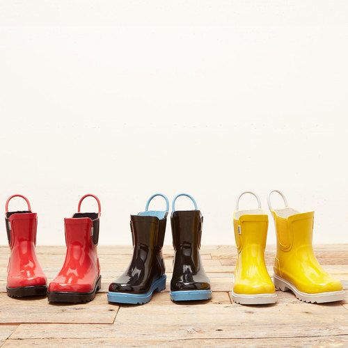 Finally. TOMS Rain boots for kids that can withstand the elements and playing in puddles.