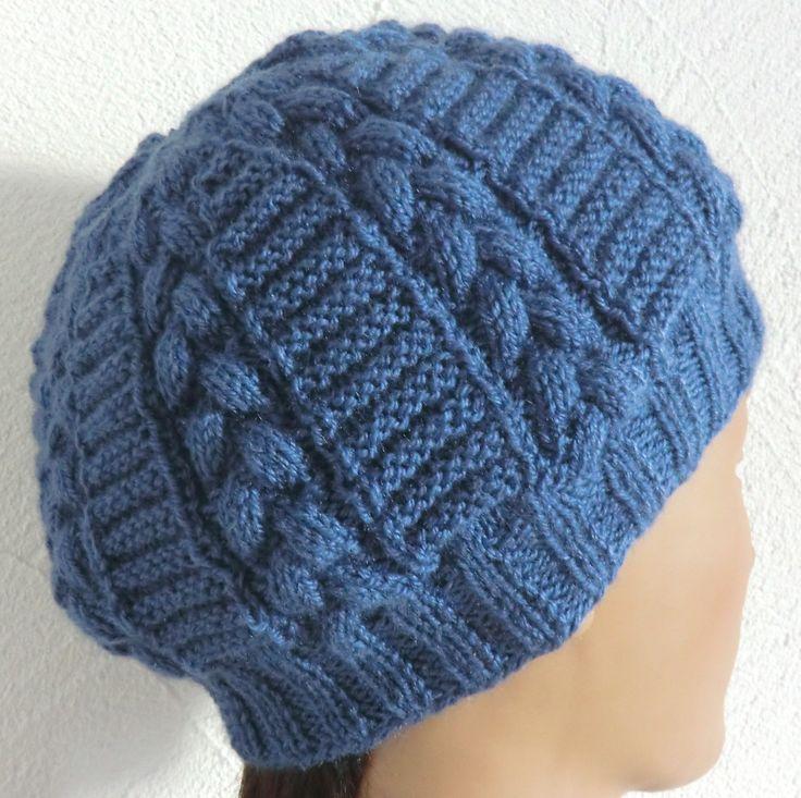 Écharpe  et bonnet Homme ou Femme En laine Point fantaisie et torsades Coloris bleu Tricoté main