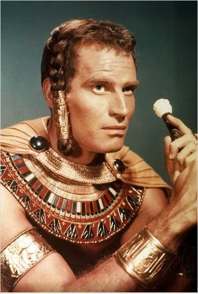 Les Dix commandements : photo Cecil B. DeMille : Charlton Heston, 1955.: Film Flicks, Photo De, Le Film, Les Dix, Filmes Posters, Photo Cecil, The Movie, Charlton Heston, Charleton Heston