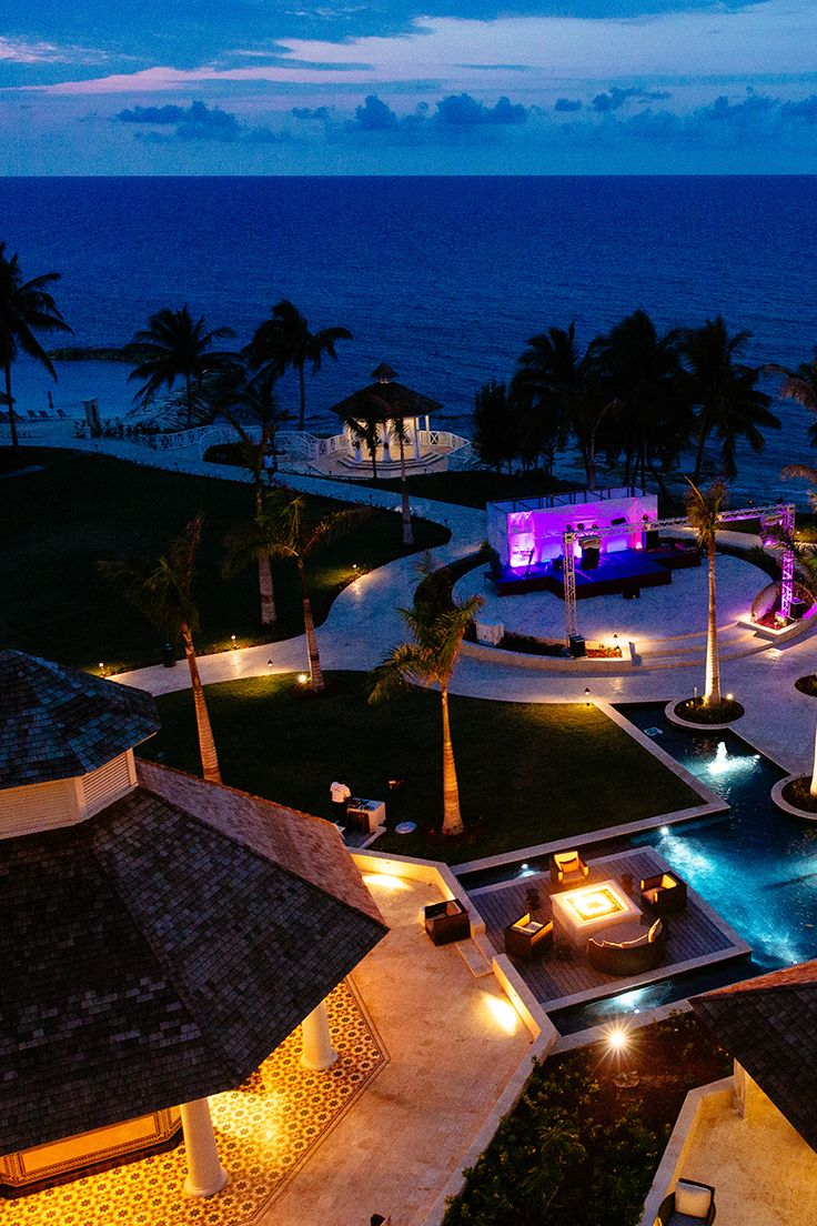 The fun doesn't stop when the sun goes down. All inclusive means night life, as well.