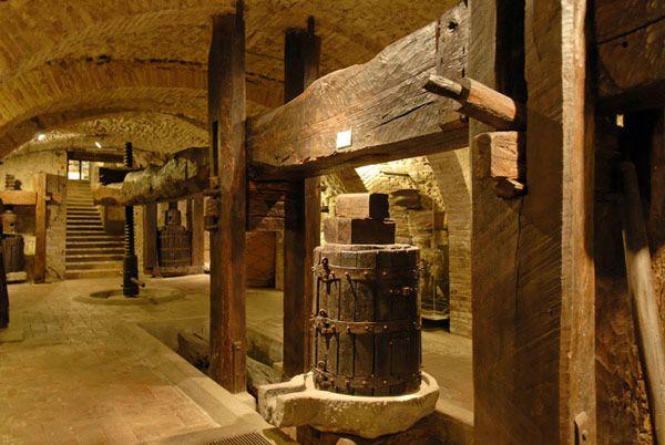 15. De oude wijnkelder