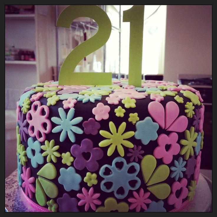 21st Birthday cake by The Birdcage, Stellenbosch