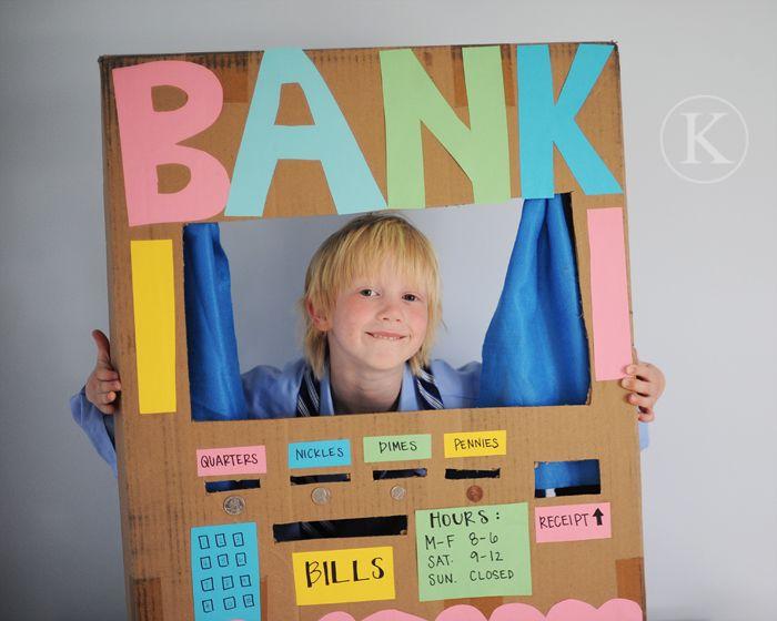 #juegofuncional ¿Quieres ser el cajero del banco? Un robo! Policía! Uff cuantas ideas se me ocurren para trabajar! ;-)