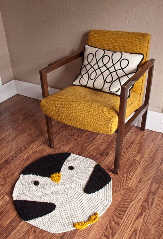 CROCHET PENGUIN RUG... must find this pattern