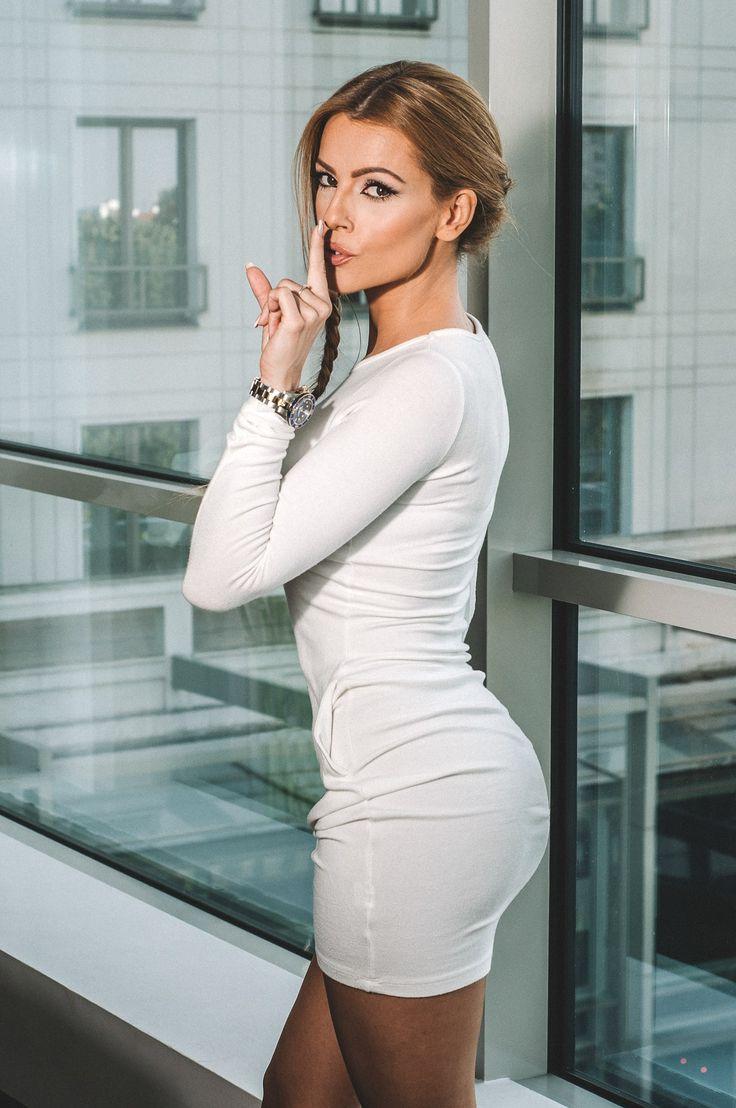 Jelena Kostov Nude Photos 65
