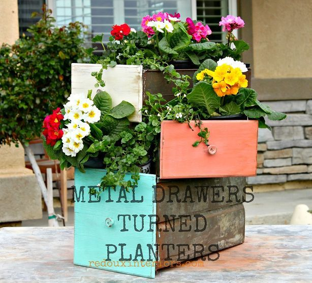 Repurpose Old Drawers Into Planters